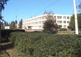 Ровеньская школа. Современное здание школы.